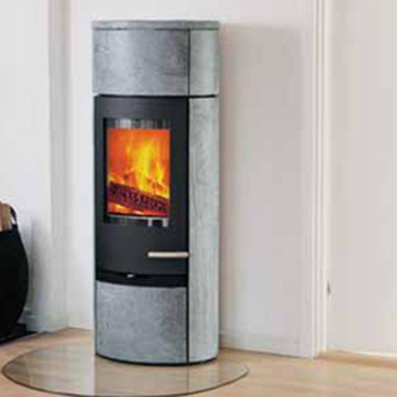 kaminofen termatech tt20rs mit sockelstein und heatstorage. Black Bedroom Furniture Sets. Home Design Ideas