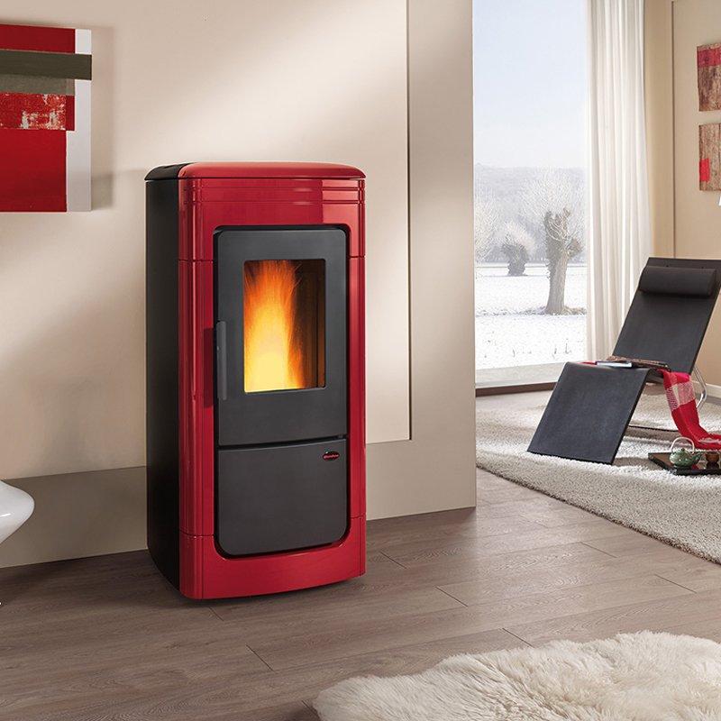 wasserf hrender pelletofen la nordica liliana idro. Black Bedroom Furniture Sets. Home Design Ideas
