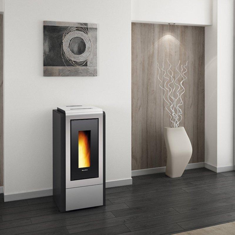 pelletofen wasserf hrend la nordica megan idro steel. Black Bedroom Furniture Sets. Home Design Ideas
